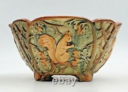 1920s Weller Woodcraft Squirrel American Arts & Crafts Pottery Footed Bowl 7.5