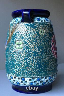 Amphora Porcelain Works Czech Arts & Crafts Parrots Design Vase Teplitz Bohemian
