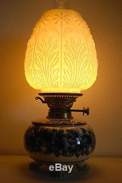 Antique Old English Porcelain Oil Kerosene Pottery Art Nouveau Arts Crafts Lamp