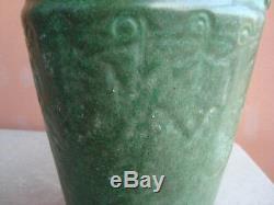 Arts & Crafts Weller Matte Green 11.5 Vase