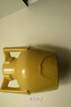 Arts crafts pottery tri buttressed handed lamp base Fulper, Stangl. Haeger mustard