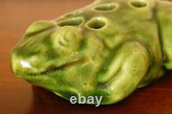 Beautiful Antique Brush-McCoy Arts Crafts Frog Flower Frog KolorKraft Green #060
