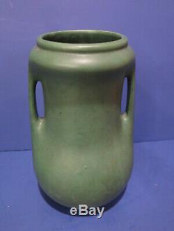 Brush McCoy Arts & Crafts Mission Matt Green Vase w Handles 10
