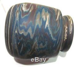 Check color! Great little arts & crafts Niloak vase, Paper label, Stickley era
