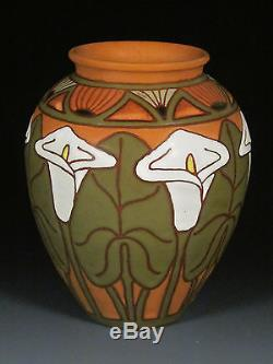 Common Ground Pottery, Calla Lily vase, Eric Olson art pottery arts and craft
