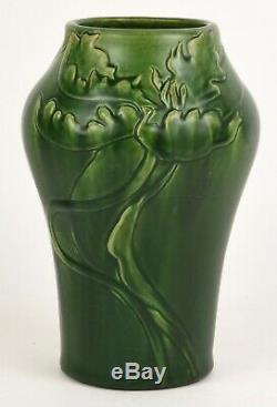 Denver Denaura Denura Arts And Crafts Matt Green 8.75 Tall Vase