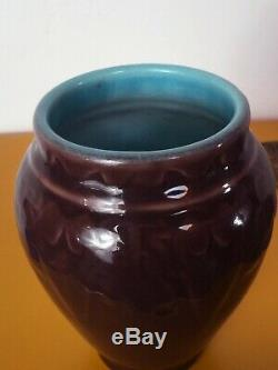 GORGEOUS 1921 ROOKWOOD EGGPLANT+TURQUOISE HIGH GLAZE VASE with ARTS CRAFTS RELIEF