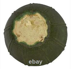 Grueby Pottery Matte Green Arts And Crafts Large Leaf Bowl