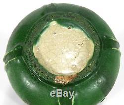 Grueby Pottery matte green bulbous bottom leaf and bud vase Arts & Crafts Boston