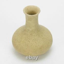 Grueby Pottery plain matte oatmeal white 4 cabinet vase Arts & Crafts Boston
