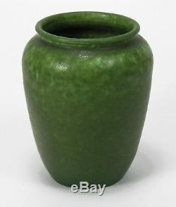 Grueby Pottery plain mottled matte green 5.25 vase Arts & Crafts Boston