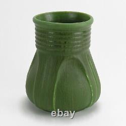 Hampshire Pottery 6.75 vase matte green glaze arts & crafts teco buttress shape