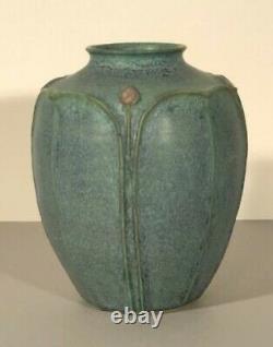 Jemerick Pottery Art Studio Vase Arts & Crafts Style Matte Green 7 inches