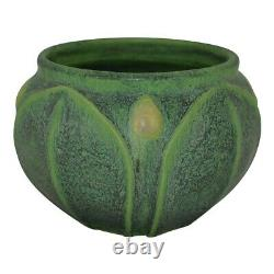 Jemerick Pottery Grueby Green Leaves Arts And Crafts Cabinet Jardiniere