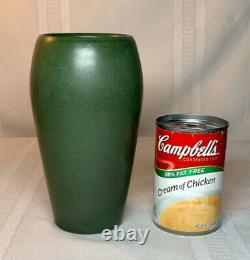 Marblehead Pottery, Lg Tapered Swollen Matte Green Vase Htf Color Arts & Crafts
