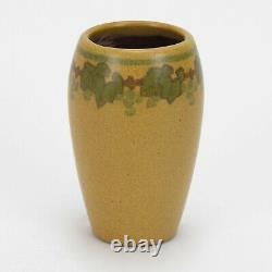 Marblehead Pottery decorated leaf & berry vase Arts & Crafts matte green yellow