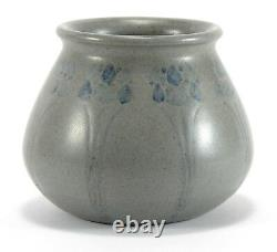 Marblehead Pottery floral HT decorated vase Arts & Crafts matte gray blue
