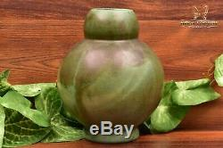 Mountainside Pottery 1929-41 Arts and Crafts Matt Green Double Gourd Vase