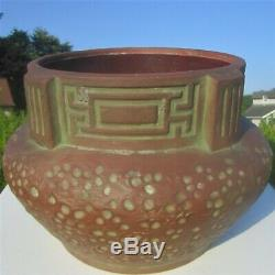 Peters Reed Zane Ware Matte Moss Aztec Arts & Crafts Hammered Pottery Jardiniere