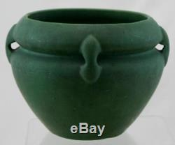 ROSEVILLE MATTE GREEN 5.5 x 7 ARTS & CRAFTS BUTTRESS-HANDLED JARDINIERE MINT