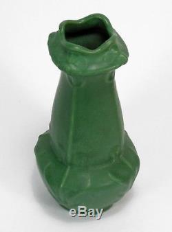 Radford Pottery Radura 9.25 matte green Art Nouveau Arts & Crafts vase