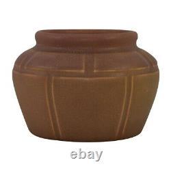 Rookwood Pottery 1910 Matte Brown Broad Shouldered Arts and Crafts Bowl 967