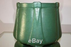 Spectacular Rare Roseville Matte Green Arts & Crafts Jardiniere / Planter Large