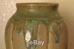 Stunning Vintage Zanesville Stoneware Arts & Crafts #795 Pottery Vase Verdantone