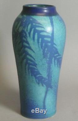 Superb Antique 11 Art & Crafts Pottery Vase c. 1920 American Impressed Mark +