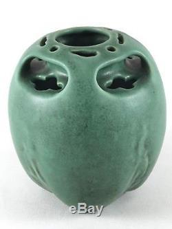 TECO Pottery organic Vase Pot Matte Green Arts Crafts Fritz Albert USA vtg