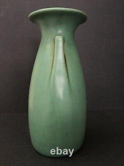 Teco 9 1/8 Tall Double Buttress Vase Arts & Crafts Prairie School Design