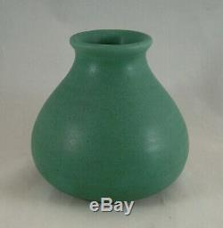 Teco Pottery Classic Arts & Crafts Prairie School Matte Green Vase