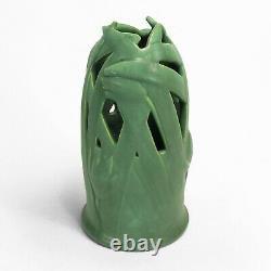 Teco Pottery matte green reticulated tulip 11 vase Arts & Crafts prairie school