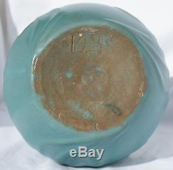 Van Briggle Pottery Dated 1915 Shape #165 Arts & Crafts Spade Leaves
