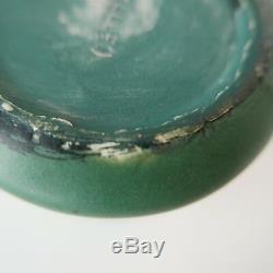 Weller Matte Green Arts & Crafts Pottery Swirl Vase 5 inch, Art Nouveau