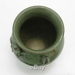 Weller Pottery 6 5/8 Kenova frog on water lily vase matte green Arts & Crafts