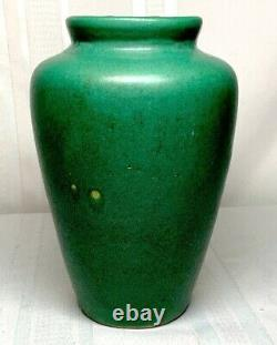 Zanesville Pottery, Arts & Crafts Tobacco Leaf Vase, Deep Matte Green, Nice
